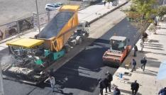 Faikbey Caddesinin asfaltı tamamlanıyor