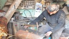 Havaların soğumasıyla vatandaşlar soba tamircilerinin kapısını çalmaya başladı
