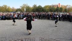 Kafkas Üniversitesinde Kafkasya Halk Kültürü kongresi
