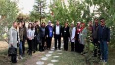 Sağlık personeli Toplum Ruh Sağlığı Merkezini ziyaret etti