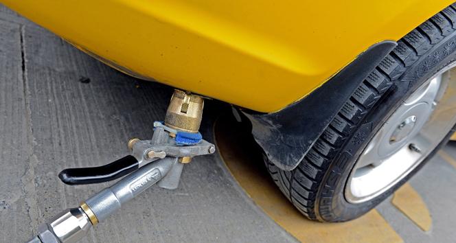 Benzin fiyatları arttıkça LPG'ye talep artıyor