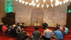 Diyanet Gençlikten tarihi camiye ziyaret