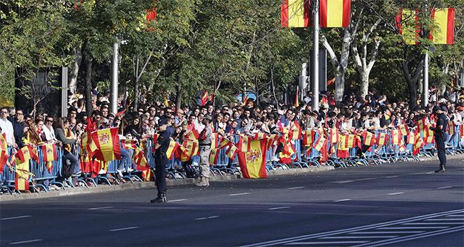 İspanya Ulusal Bayramı kutluyor