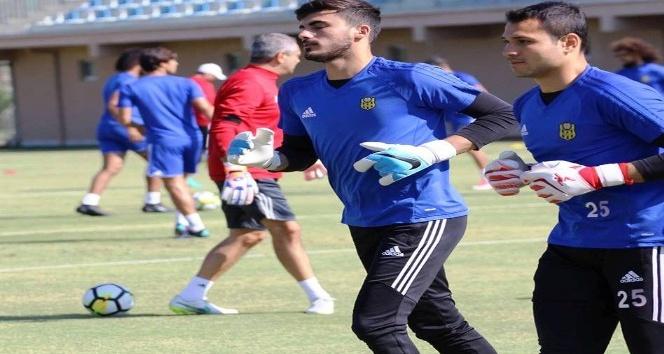Evkur Yeni Malatyaspor, Fenerbahçe maçına puan parolasıyla hazırlanıyor