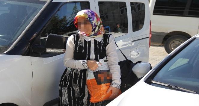 FETÖ'den gözaltına alınan hemşire ve oğluna adli kontrol
