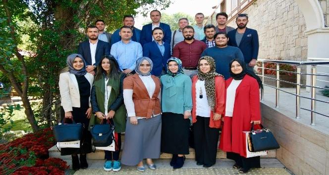Sosyal medya çalışanları Güngören'de bir araya geldi