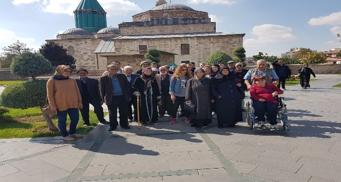 Bor Huzurevi sakinleri Konya'da