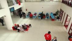 Bayburt Üniversitesinden kan bağışına destek
