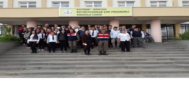 Öğrencilere suçtan korunma eğitimi verildi