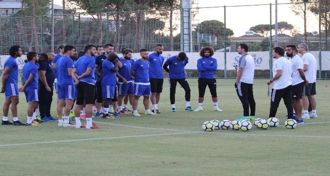 Evkur Yeni Malatyaspor'da Erol Bulut'un teknik ekibi açıklandı