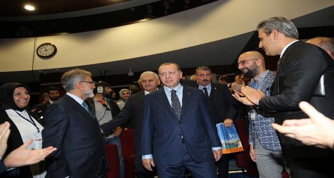 """Erdoğan'dan CHP'ye: """"İdlib'teki her şehidin hesabını benim vereceğimi söyleyecek kadar gafil"""""""