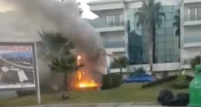 İzmirde trafodaki patlamalar mahalleliyi korkuttu