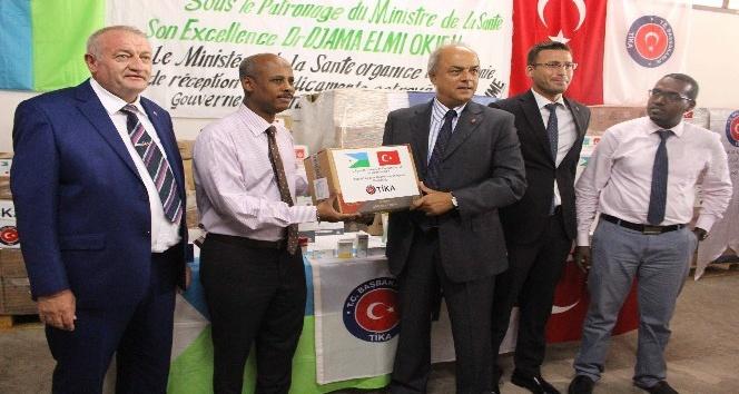 Cibuti'de 400 bin kişiye ilaç desteği