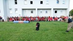 Narkotik köpeği Uydu öğrencilerden alkış topladı