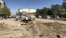 İstasyon Caddesindeki kazı ve döşeme çalışmalarında sona gelindi