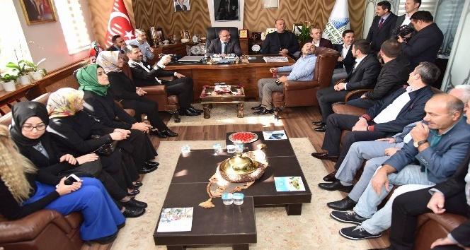 AK Parti Yönetiminden Başkan Üzülmez'e ziyaret
