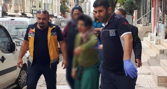 Kardeşi tarafından bıçaklanan engelli kız hayatını kaybetti
