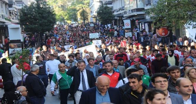 Sporcular, Amatör Spor Haftası için yürüdü