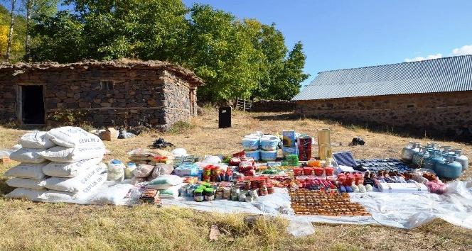 Bingöl'de PKK'ya ait yaşam malzemesi ele geçirildi