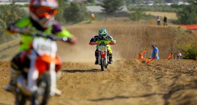 Türkiye Motokros Şampiyonası'nın final ayağı Düzce'de