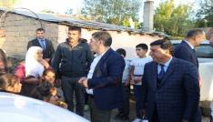 Varto Kaymakamı Mehmet Nuri Çetin ihtiyaç sahiplerini evlerini inceledi