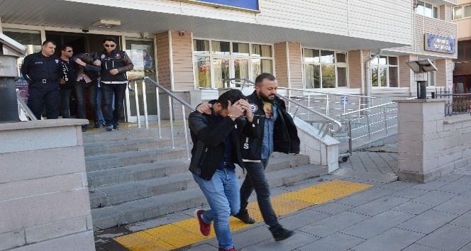 Kırıkkalede uyuşturucu ticaretine 3 tutuklama