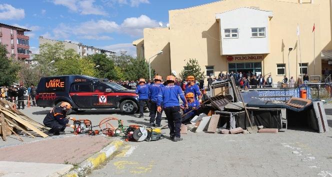 Ağrıda deprem ve yaygın tatbikatı