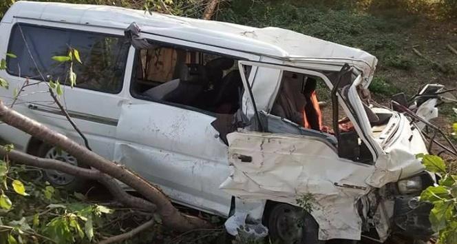 Kazada ağır yaralanan sürücü, hayatını kaybetti