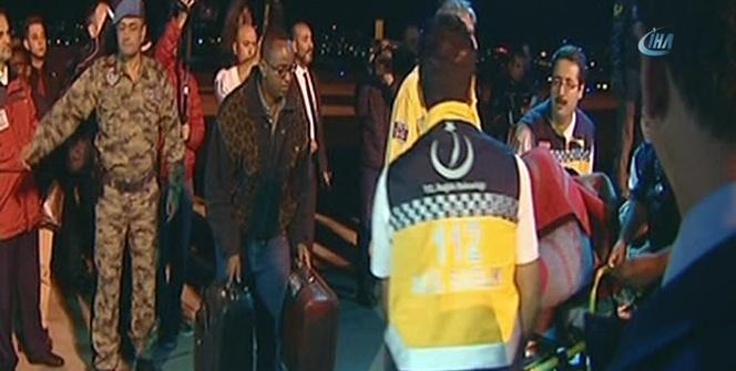Somali'deki saldırıda yaralanan 35 kişi Türkiye'ye getirildi