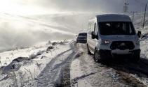 Ardahanda kar yolları kapattı