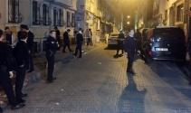 Fatihte mahalleli ile Suriyeliler arasında silahlı kavga: 3 yaralı