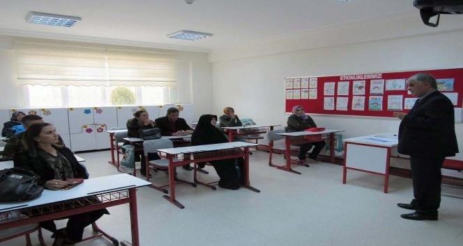 Çözüm Kolejinde veli toplantısı yapıldı