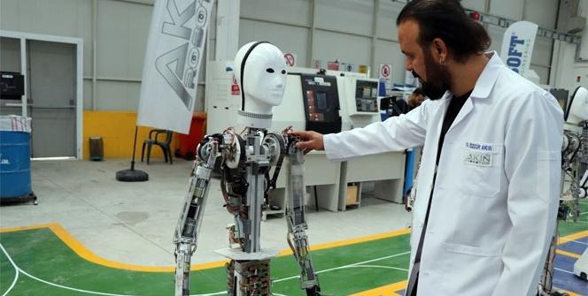 Milli insansı robotun seri üretimine başlandı