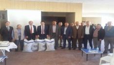Çavdarhisarda 31 çiftçiye Macar fiği tohumu dağıtıldı