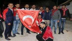 Seyitgazi Ak Parti Kadın Kolları yöneticileri askere gidecek gençleri yalnız bırakmadı