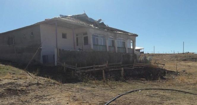 Karlıovadaki fırtınanın faturası 500 bin TL