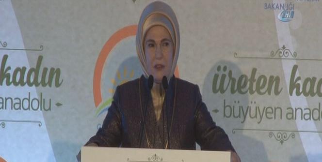 Emine Erdoğan girişimci kadın çiftçilere ödüllerini takdim etti
