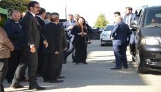 Bakan Albayrak şehit evini ziyaret etti