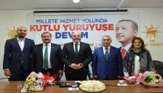 AK Parti Kütahya Merkez İlçe Başkanı Mehmet Eşsiz görevi devraldı