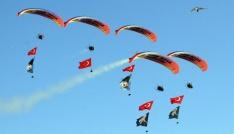 18. Ölüdeniz Hava Oyunları Festivali nefes kesiyor