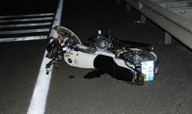 Edirnede motosiklet traktöre çarptı: 2 ölü