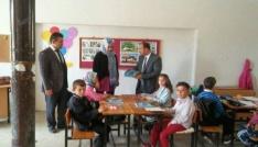 Altıntaş Milli Eğitim Müdürü Tanrıkulu, köy okullarında yeni müfredatı anlattı