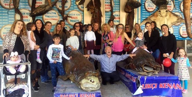 Türkiye Deniz Canlıları Balıkçı Kenan Müzesine, anneler ve çocuklardan yoğun ilgi