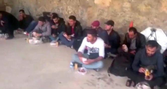 Çanakkalede 42 Suriye uyruklu kaçak yakalandı