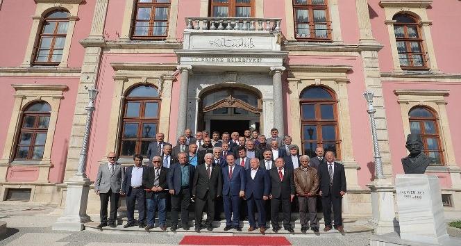 Muhtarlardan Edirne Belediyesinde biraraya geldi