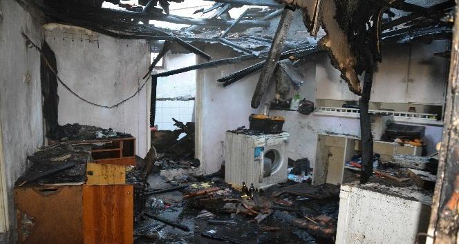 Söke Savucada ev yangını
