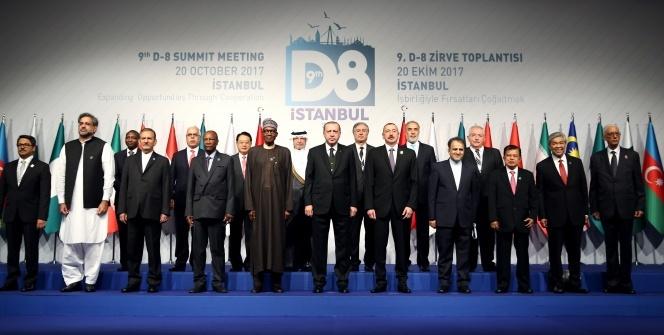 Erdoğan, İstanbul'daki D-8 zirvesinde önemli açıklamalarda bulundu