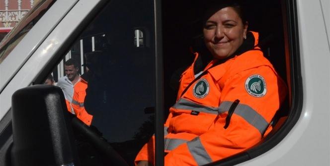 Edirne'nin ilk kadın ambulans şoförü direksiyona geçti