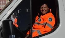 Edirnenin ilk kadın ambulans şoförü direksiyona geçti