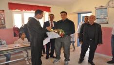 Avcılar Midyatta okul onardı, öğrencilere yardım etti